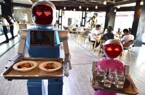 robots-camareros
